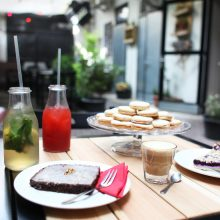 Quiet café with outside seating in the heart of Žižkov
